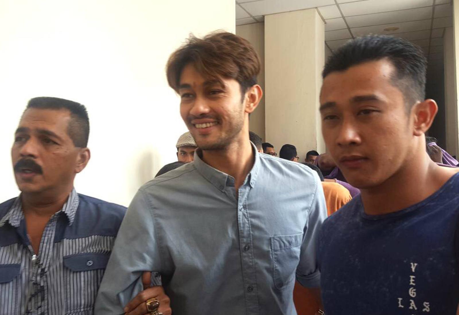 Photo of Farid Kamil Direman Sehari Lagi, Adik Tampil Mohon Maaf