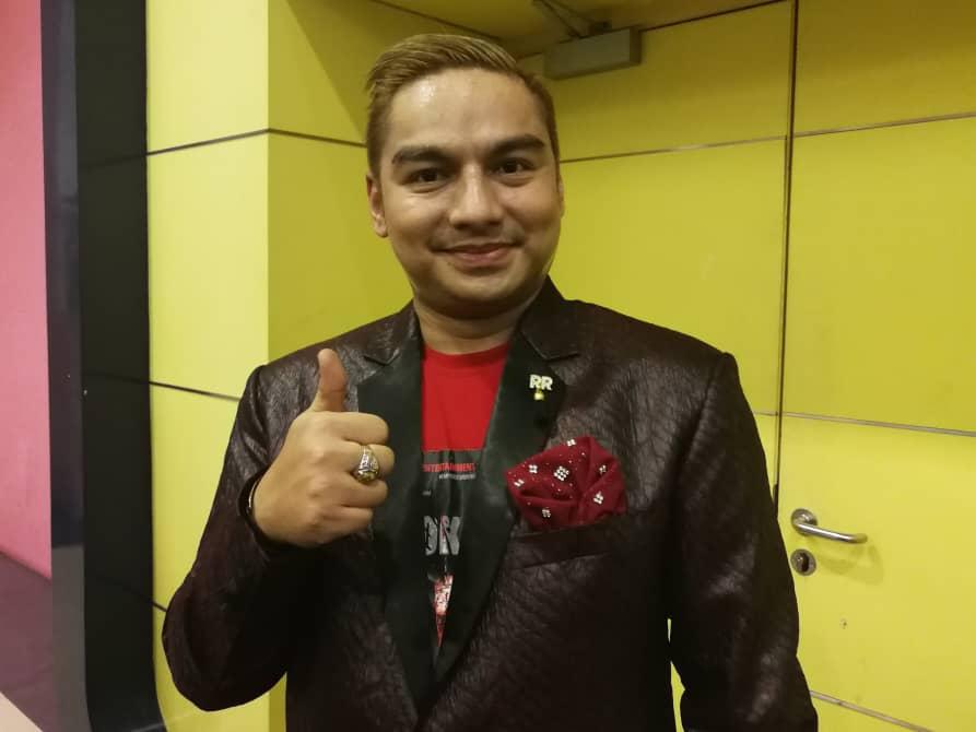 Photo of Datuk Boy Iman Sasar Blok 404 Boleh Kutip RM5 Juta