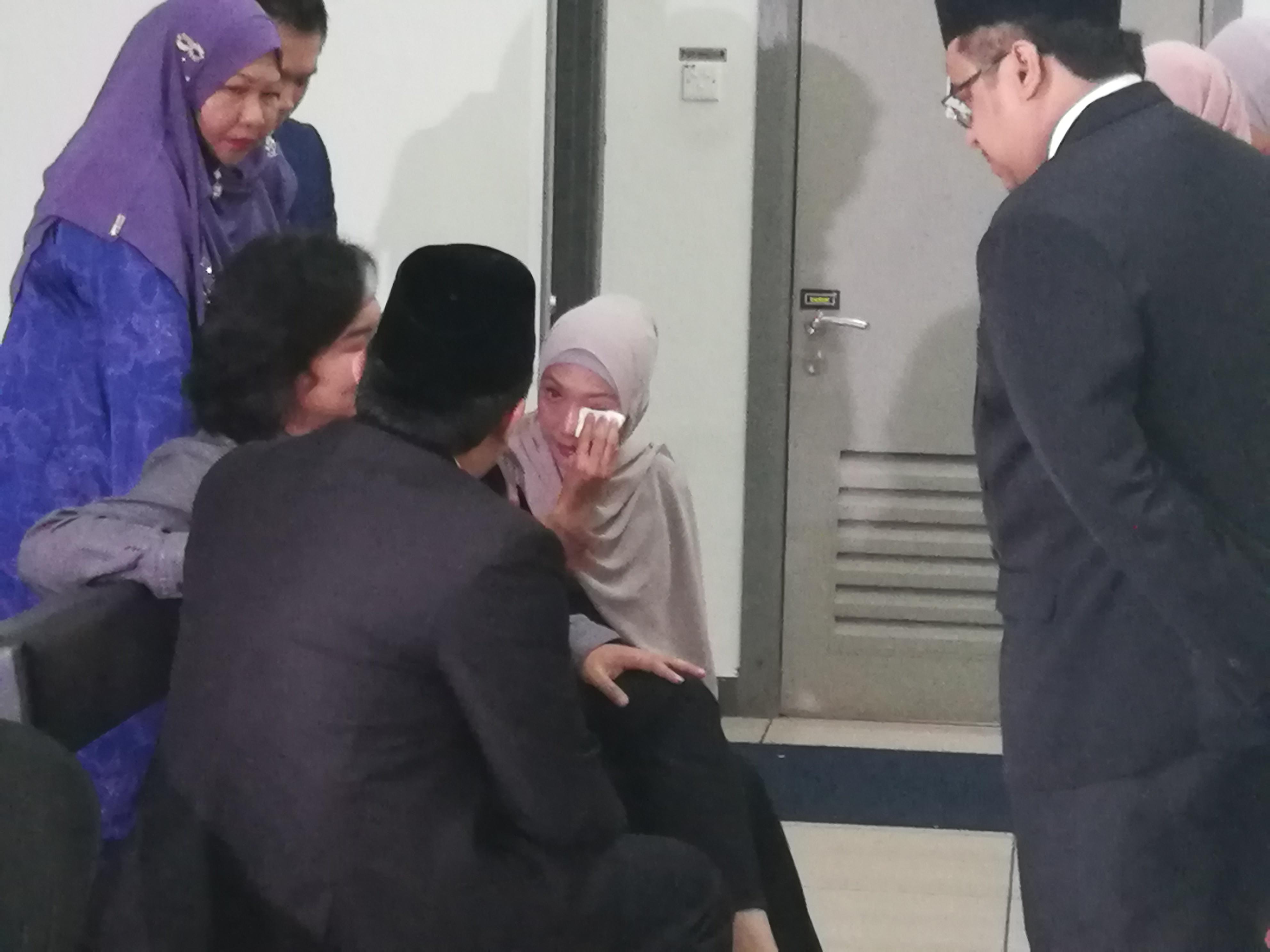 Photo of Sah Cerai, Ziana Zain Tak Simpan Dendam Terhadap Bekas Suami