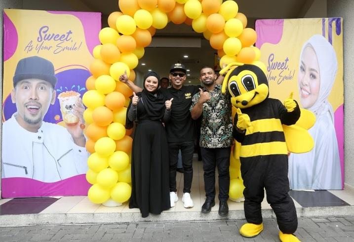 Photo of Selepas Ditipu Jutaan Ringgit, Shuib Bangkit Dengan Bubble Bee