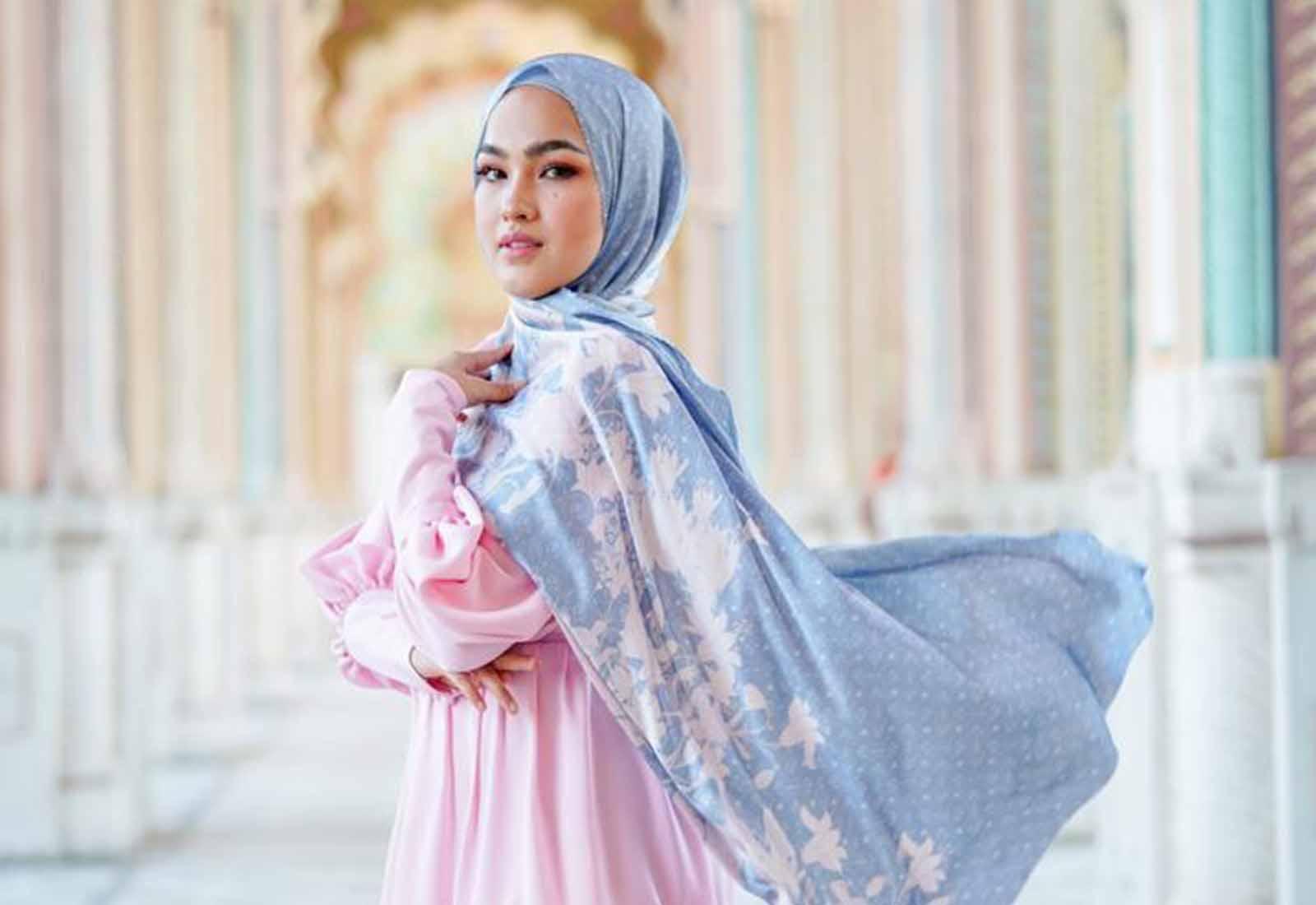 Photo of Buttonscarves X Elfira Loy Satukan Dua Rumpun Gaya Muslimah Modest
