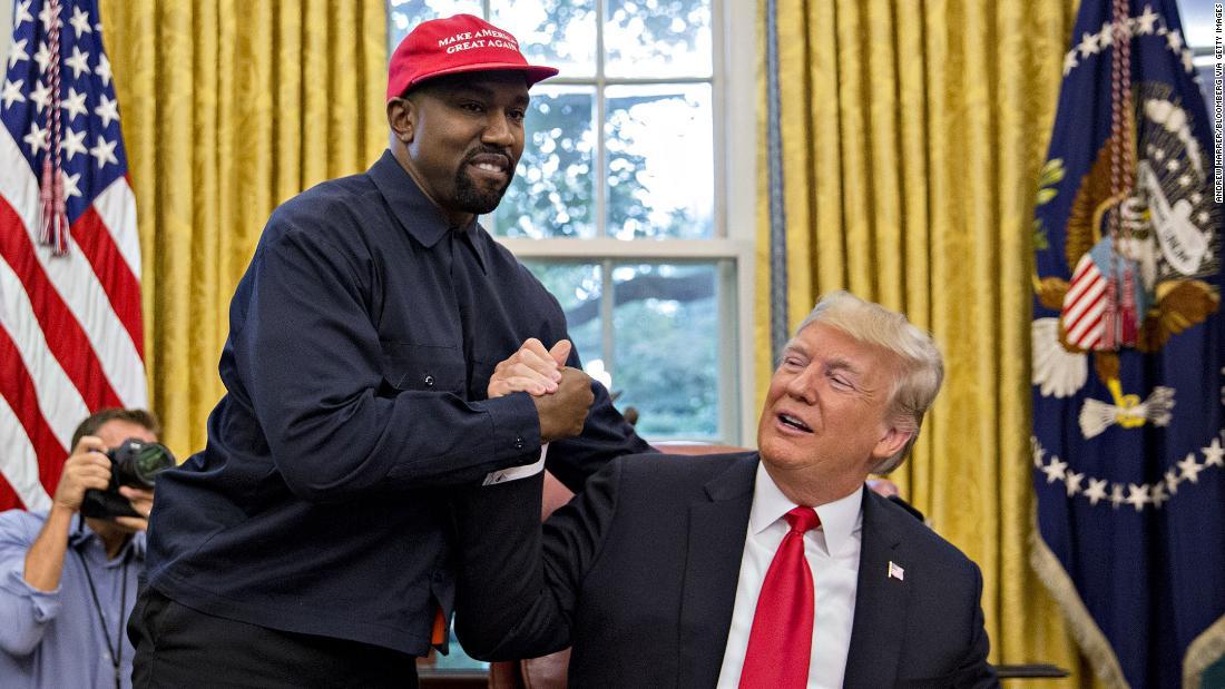 Photo of Kanye West Luah Hasrat Nak Jadi Presiden AS Lawan Trump