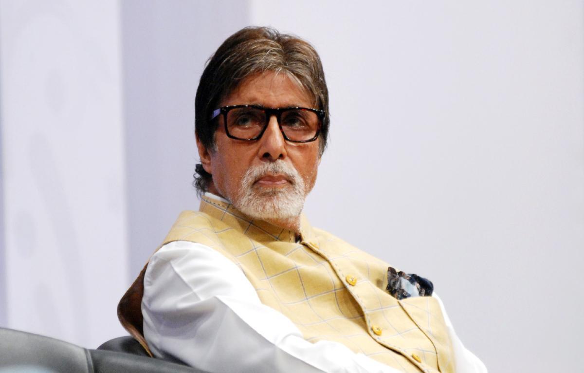 Photo of Amitabh Bachchan Sudah Pulih Sepenuhnya Daripada Jangkitan Covid-19