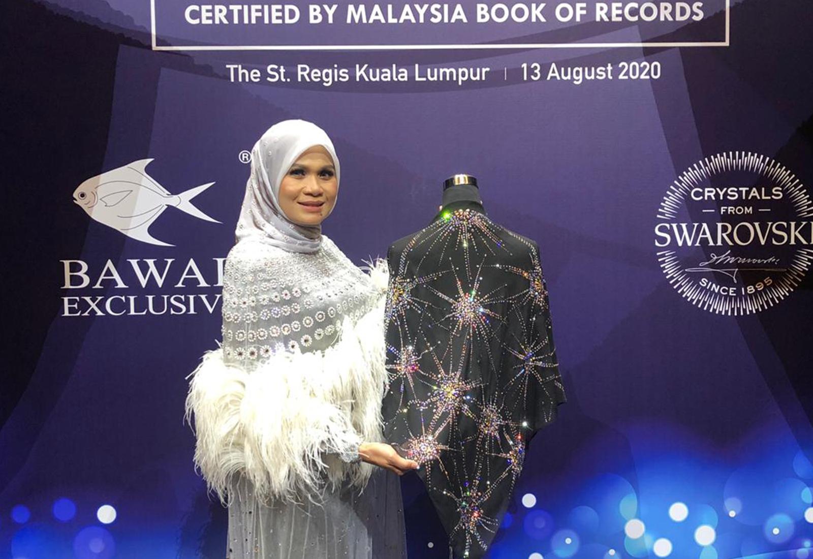Photo of Tercatat Dalam MBOR, Tudung Bawal Exclusive Bernilai RM100,000