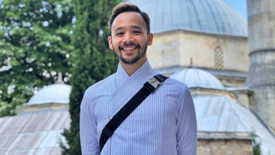 "Photo of ""Ni Hanjing Namanya Nak Pakai Gambar Saya Bersama Masjid Kat Tinder"" – Nabil Mahir"
