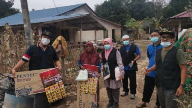 Photo of Kembara Sufi Production Turun Padang Beri Bantuan Kepada Mangsa Banjir